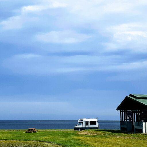 中古キャンピングカー 尾岱沼 キャンプ場