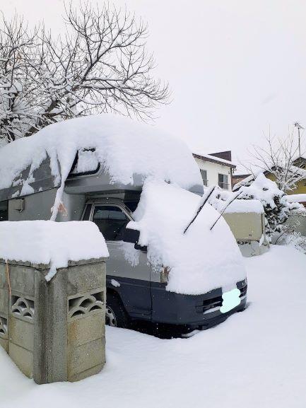 大雪キャンピングカー