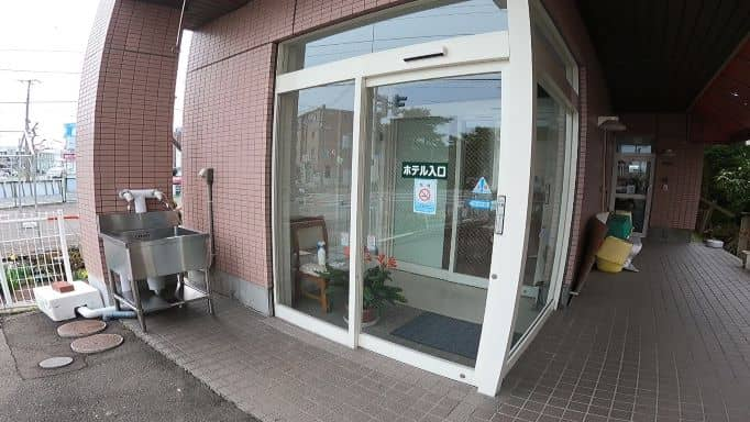 RVパーク水道・トイレ入口